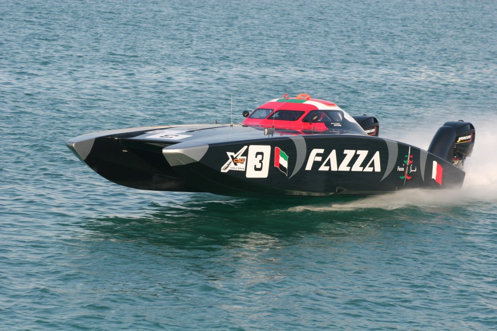 dubai-fazza-world-powerboat-offshore-xcat-championship-victory-team-al-zafeen-bin-hendi