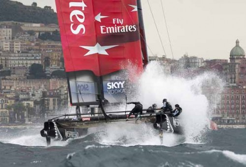 America-s-cup-Napoli-2012-Emirates-Team-New-Zealand-terza-giornata-classifica-