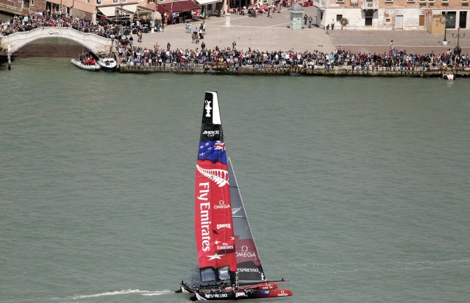 America's Cup Venezia 2012: Seconda giornata regate, finalmente Emirates team New Zealand decolla